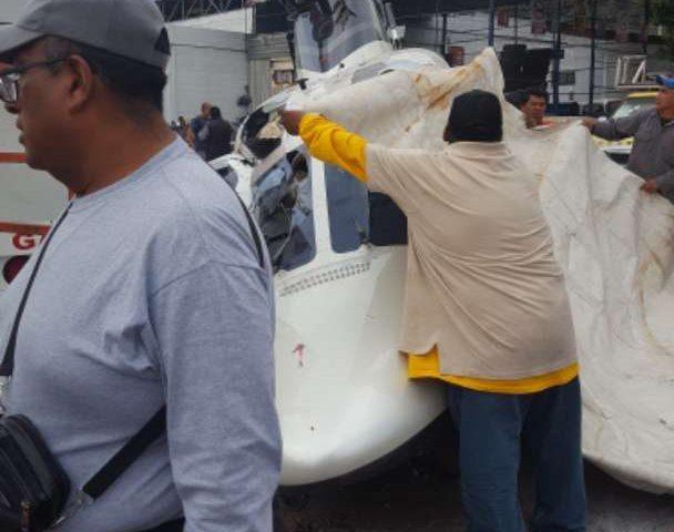 Helicóptero se desploma en Tlalnepantla