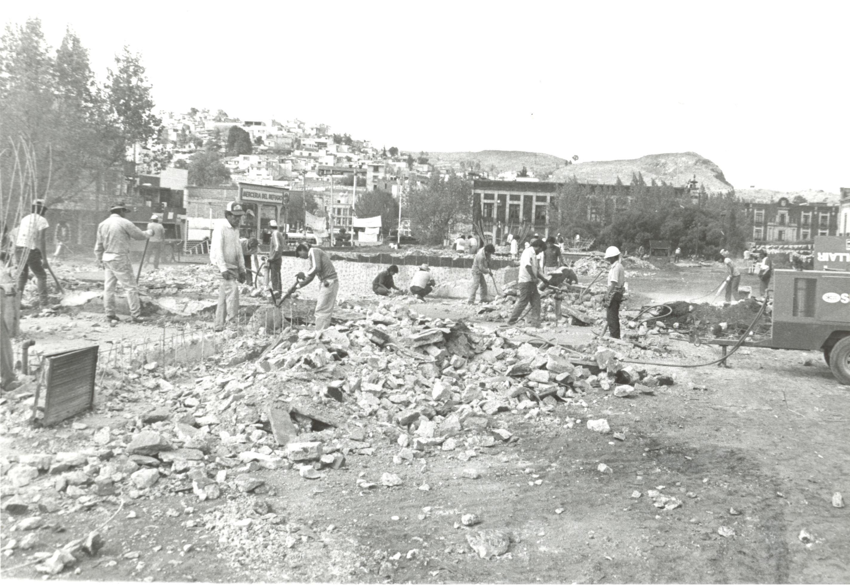 Fotografía remodelación de la plaza González Arratia (3)